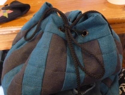Closed openig of the penguin rugsack