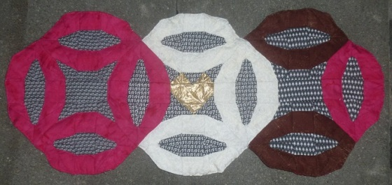Double wedding ring quilt finished