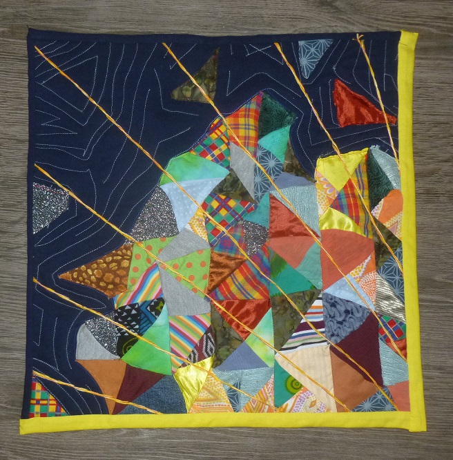 Look behind the lines mini quilt