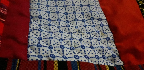 Kenyan quilt top hand quilting detail 3