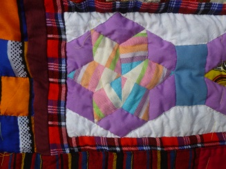 Kenyan quilt top hand quilting detail 2